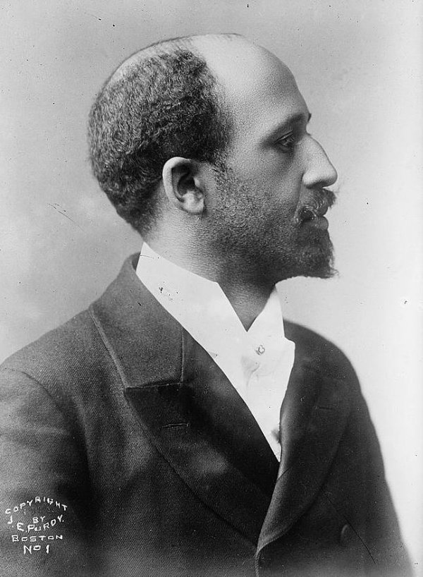 Booker T Washington V W E B Du Bois Stanford History