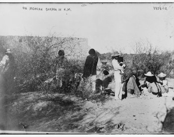 1920 Photograph of Mexican-New Mexican border