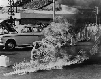 Buddhist Monk protest, 1963
