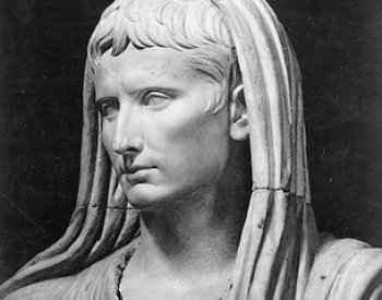 Image: Sculpture of Augustus as pontifex maximus created in 20 BCE. From the Wikimedia Commons.