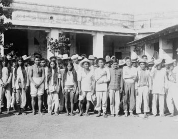 Image: Photo of Filipino prisoners of war taken in 1899. From the Library of Congress.